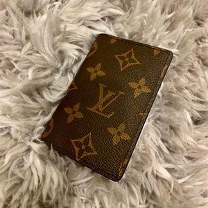 Louis Vuitton Monogram Pocket Holder
